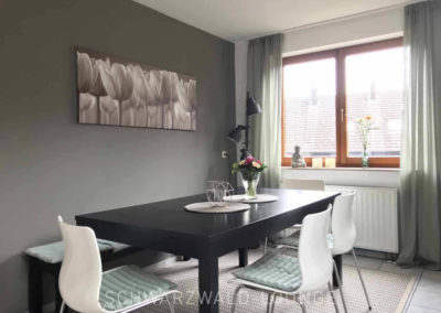 Luxus-Ferienwohnung Bergsee: Der gemütliche Essplatz in der Küche