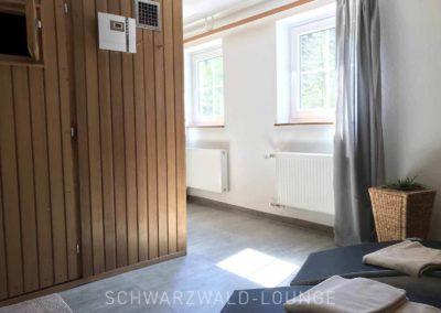 Schwarzwald-Ferienhaus Lohmühle: Die Sauna im Untergeschoss mit Ruheliegen. Wellness pur!
